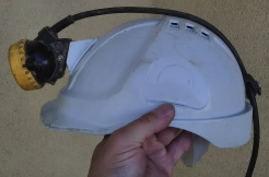 Svítilna LED Monta na přilbu důlní baterie na opasku černo/žlutá