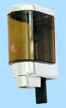 Dávkovač na tekuté mýdlo nebo emulzi